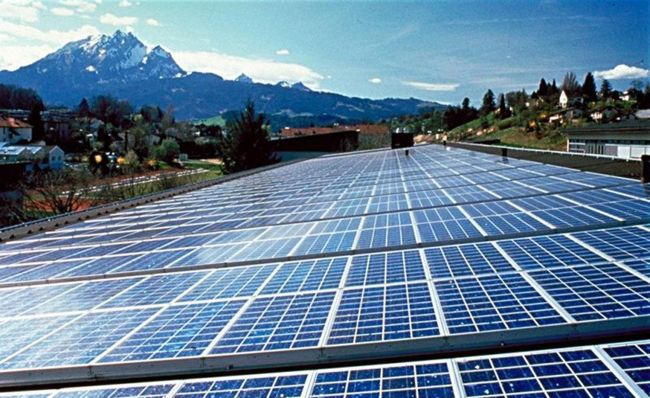 Cuanto mide un panel solar fotovoltaico 18